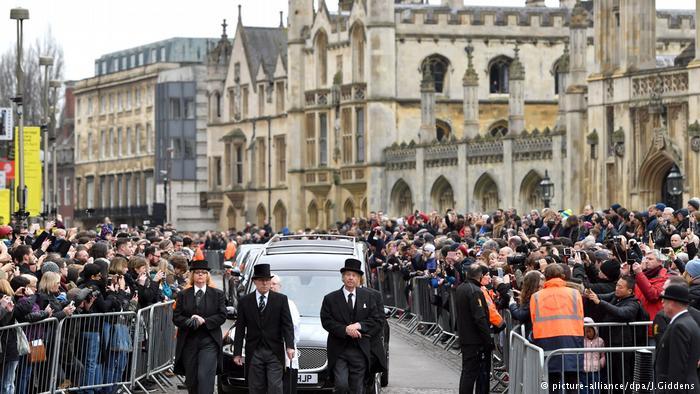 Entierran a Stephen Hawking en la Abadía de Westminster