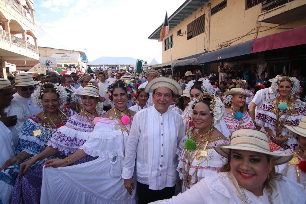 """""""Nito"""" Cortizo promete crear el Ministerio de Cultura"""
