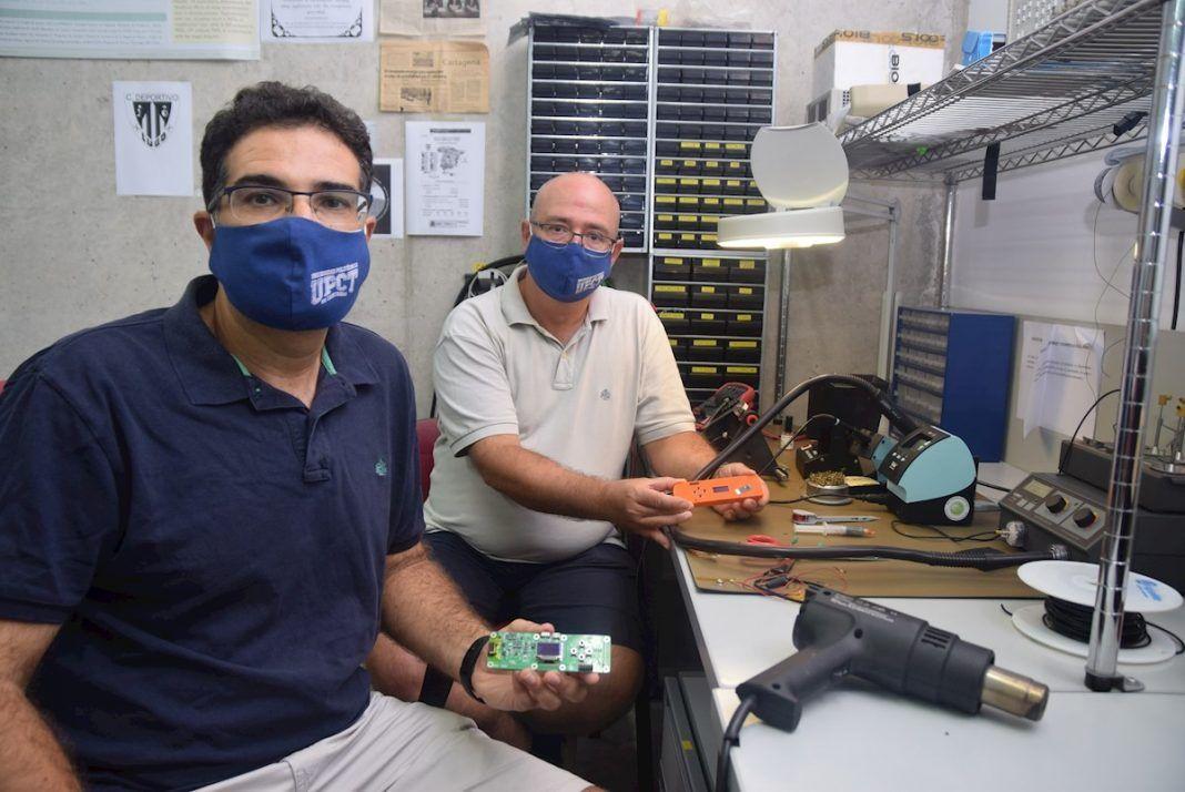 Desarrollan un detector que mide la carga viral de COVID-19 en minutos