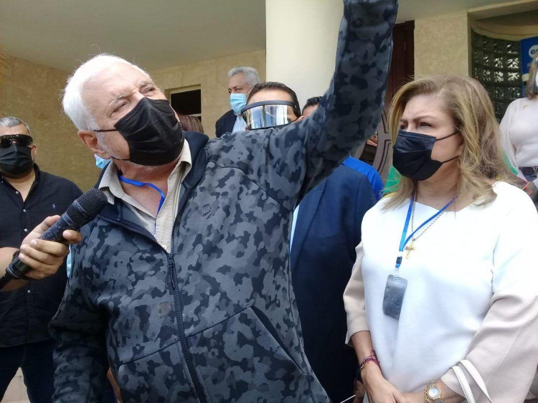 Martinelli acusa al Vicepresidente Carrizo de interferir en la Justicia
