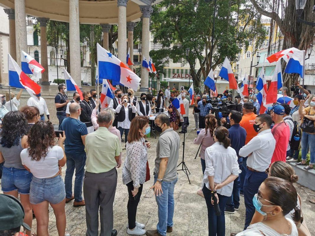Panamá Decide inicia recolección de firmas para la Constituyente